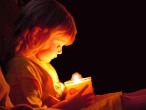 candle & girl